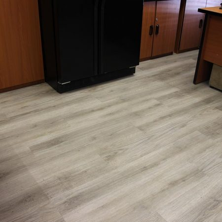 Isocore Classic Mighty Oak Frost Lifestyle