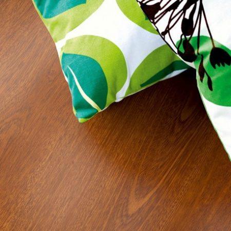 merbau-plank-pergo-laminate lifestyle